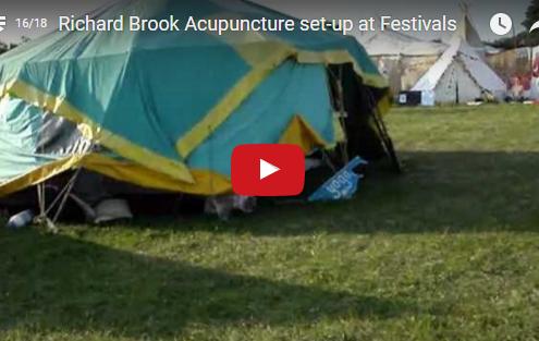 Richard Brook 5 Elements Acupuncture set-up at Festivals